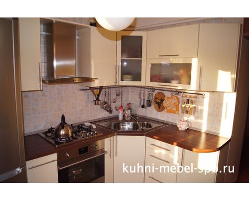 с сочетании кухня в темной фото светлая