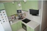 Небольшая кухня в Московской Славянке (Шушары) из МДФ салатового глянцевого цвета