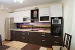 Линейная кухня двухцветная - венге и белый