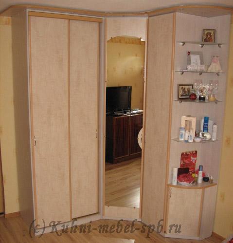 Фотография шкафа скиф - с купе и распашными дверями недороги.